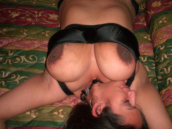 כל חרמנית שאוהבת להזדיין מודעת למצב שיש לה סיכוי טוב לגלות סקס באתרי סקס.
