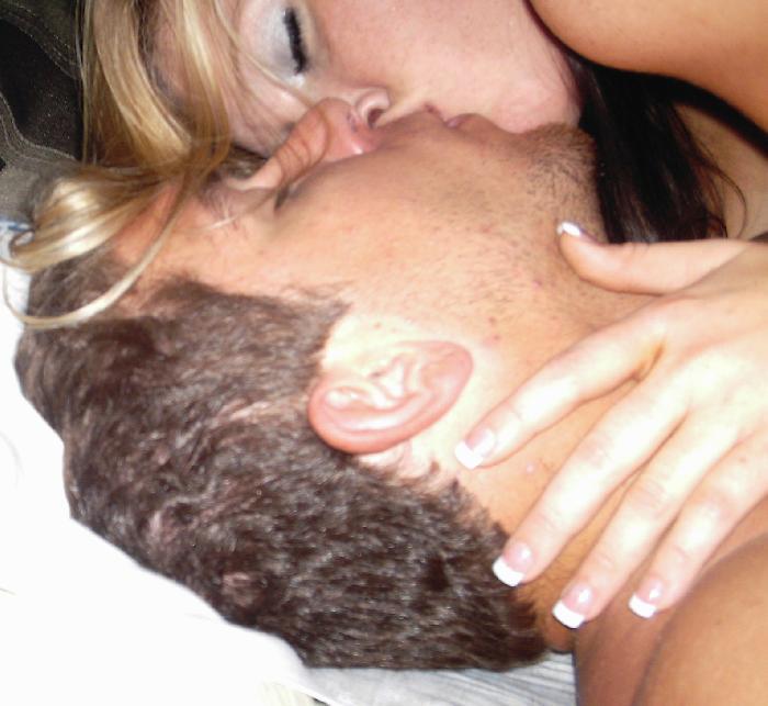 כל חרמנית שאוהבת סקס מבינה שיש מצב טוב למצוא זיונים באתרים של היכרויות.