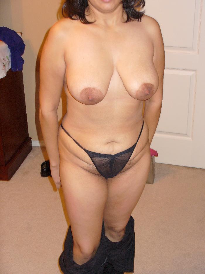 אשה סקסית שאוהבת סקס יודעת שהסיכוי הכי טוב שלה הוא סקס באתרי הכרויות סקס.